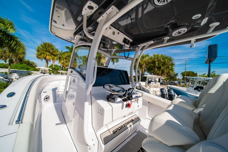 Thumbnail 40 for New 2020 Sportsman Open 312 Center Console boat for sale in Miami, FL