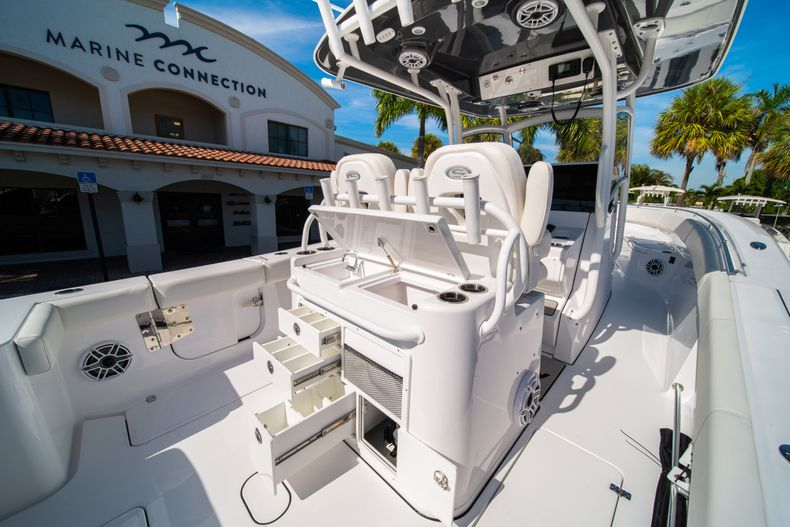 Thumbnail 29 for New 2020 Sportsman Open 312 Center Console boat for sale in Miami, FL