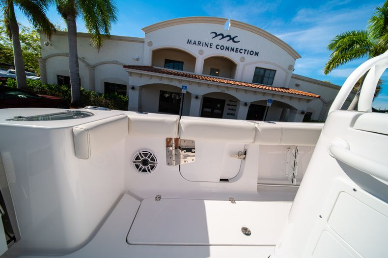 Thumbnail 23 for New 2020 Sportsman Open 312 Center Console boat for sale in Miami, FL