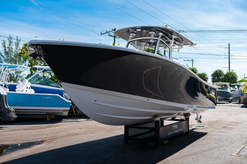 Thumbnail 3 for New 2020 Sportsman Open 312 Center Console boat for sale in Miami, FL