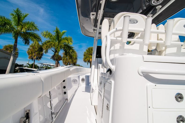 Thumbnail 25 for New 2020 Sportsman Open 312 Center Console boat for sale in Miami, FL
