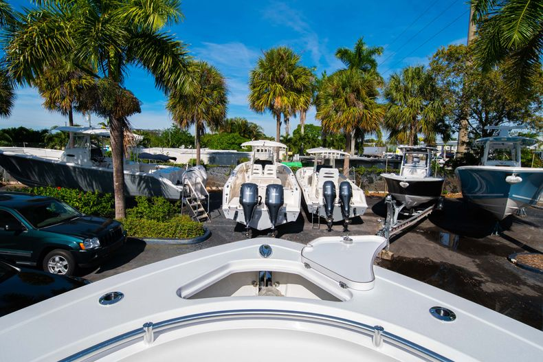 Thumbnail 58 for New 2020 Sportsman Open 312 Center Console boat for sale in Miami, FL