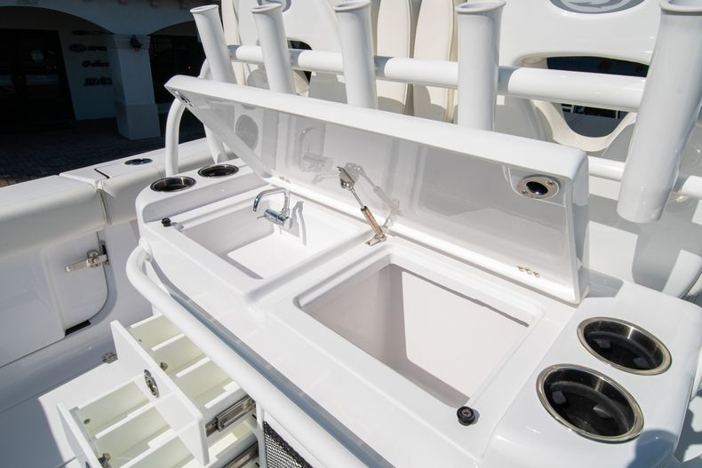 Thumbnail 30 for New 2020 Sportsman Open 312 Center Console boat for sale in Miami, FL
