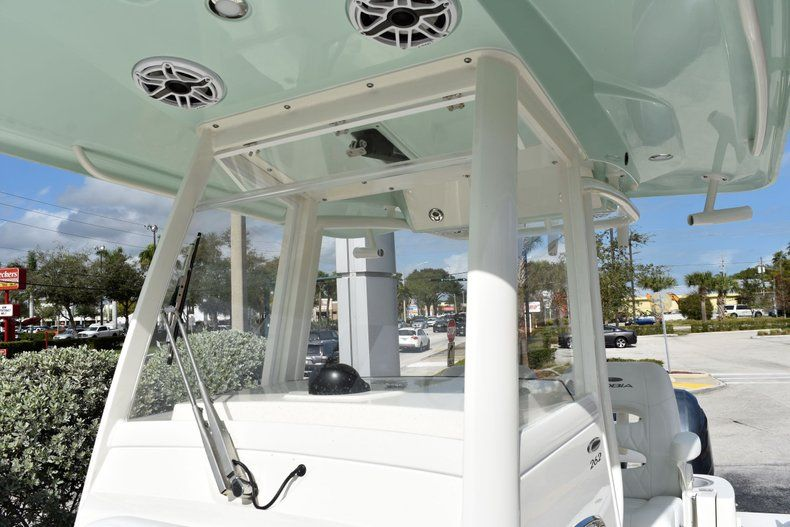 Thumbnail 24 for New 2020 Cobia 262 CC Center Console boat for sale in Miami, FL