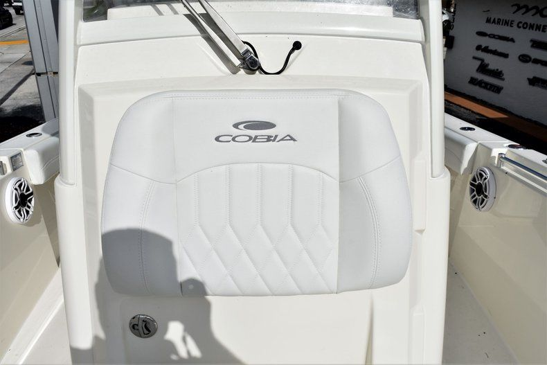 Thumbnail 25 for New 2020 Cobia 262 CC Center Console boat for sale in Miami, FL