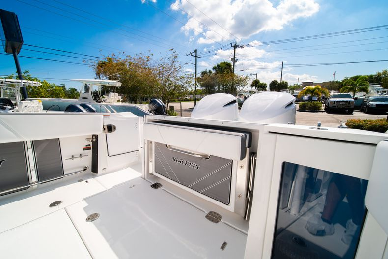 Image 13 for 2019 Blackfin 272CC Center Console in Fort Lauderdale, FL