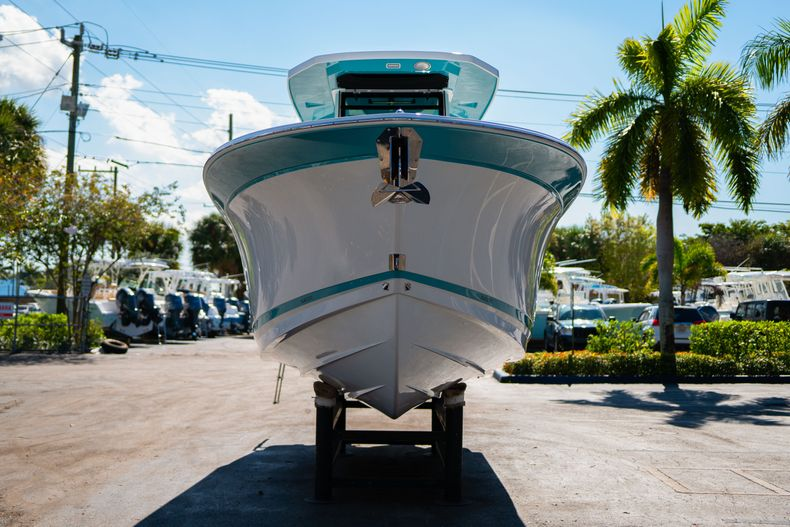 Image 2 for 2019 Blackfin 272CC Center Console in Fort Lauderdale, FL
