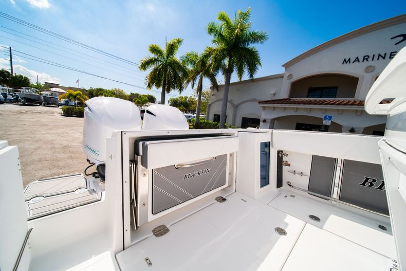 Image 10 for 2019 Blackfin 272CC Center Console in Fort Lauderdale, FL