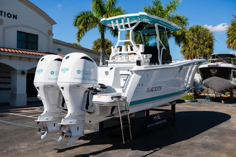 Image 7 for 2019 Blackfin 272CC Center Console in Fort Lauderdale, FL