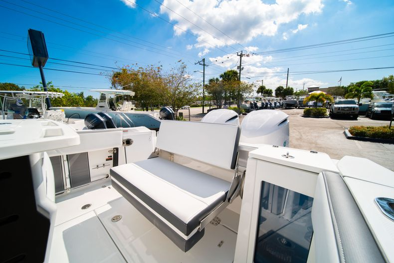 Image 14 for 2019 Blackfin 272CC Center Console in Fort Lauderdale, FL