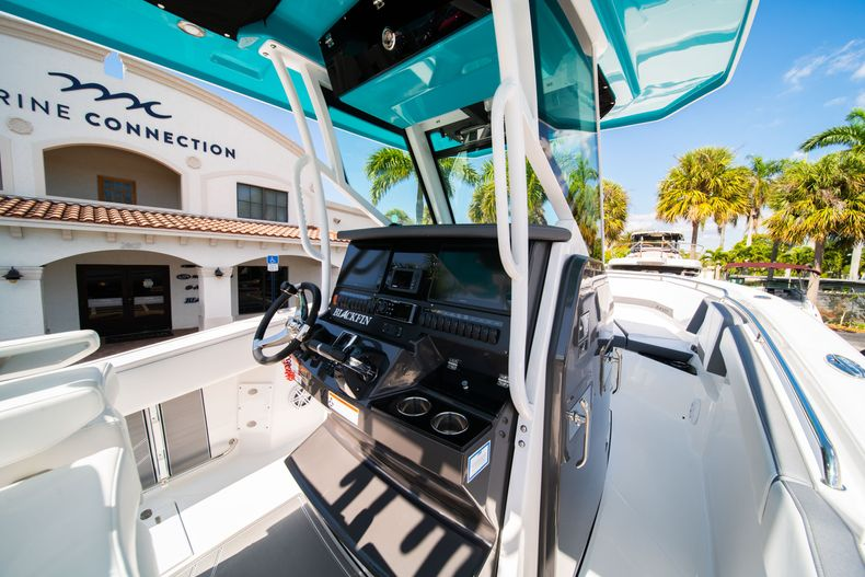 Image 31 for 2019 Blackfin 272CC Center Console in Fort Lauderdale, FL