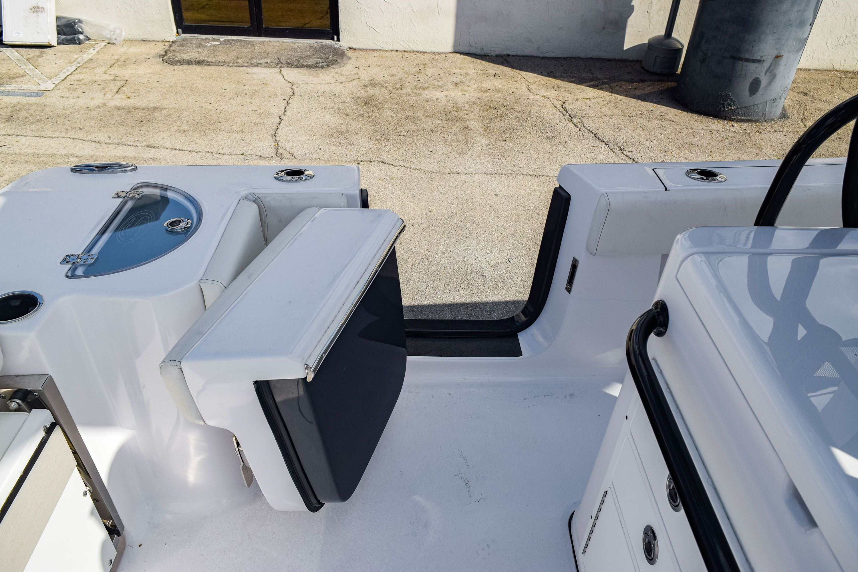 Thumbnail 20 for New 2020 Sportsman Open 282 Center Console boat for sale in Fort Lauderdale, FL