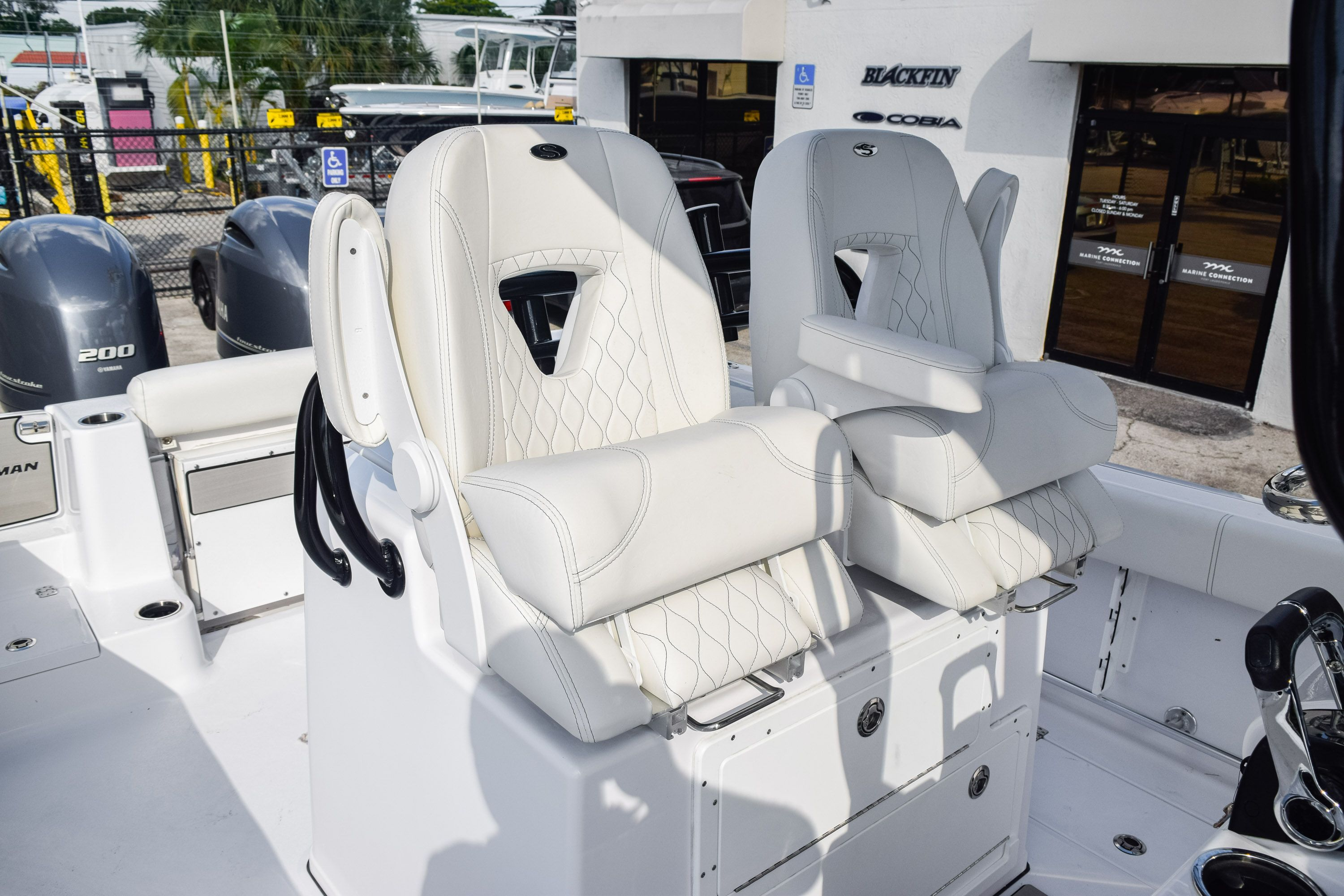 Thumbnail 31 for New 2020 Sportsman Open 282 Center Console boat for sale in Fort Lauderdale, FL