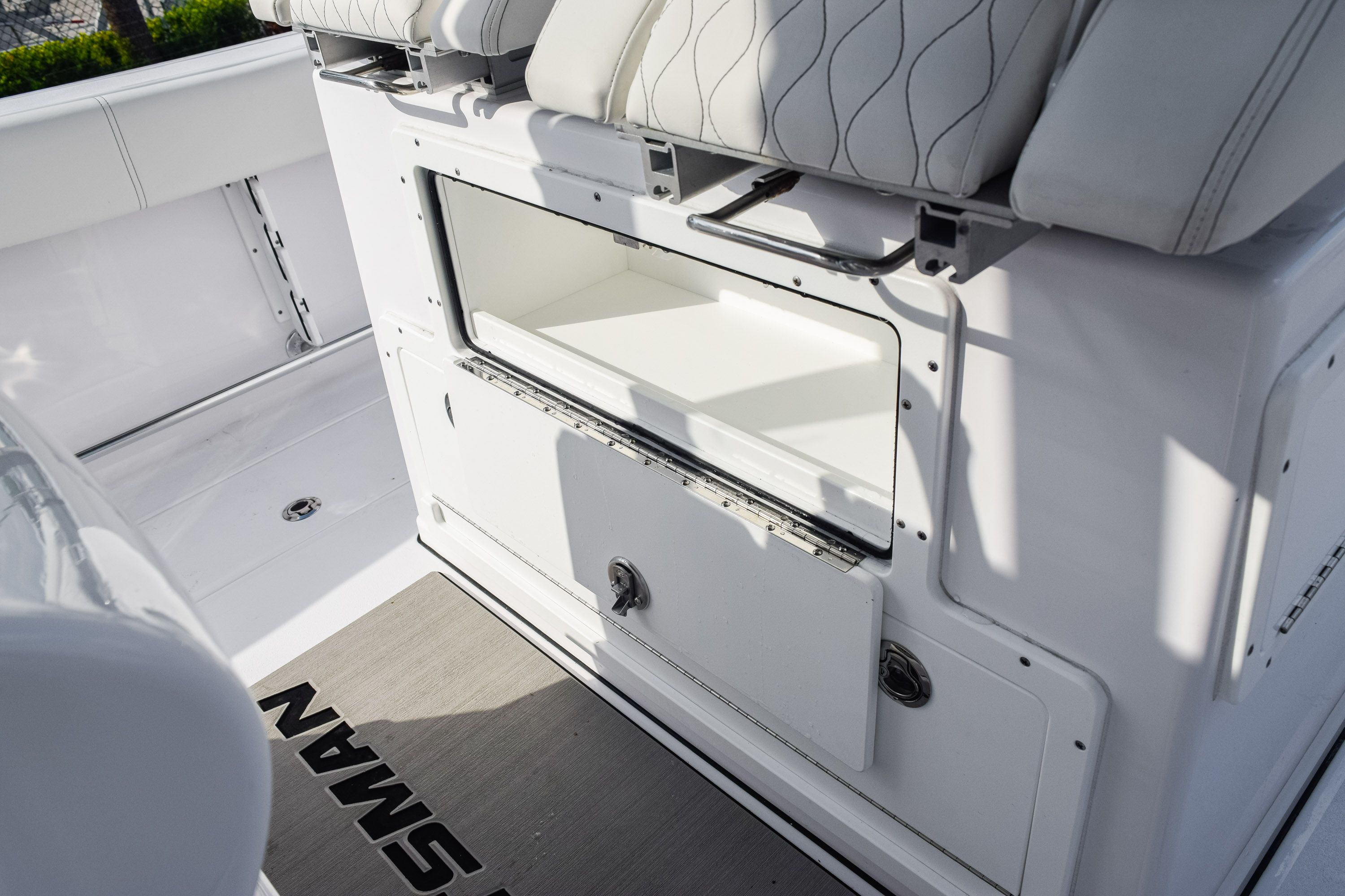 Thumbnail 34 for New 2020 Sportsman Open 282 Center Console boat for sale in Fort Lauderdale, FL