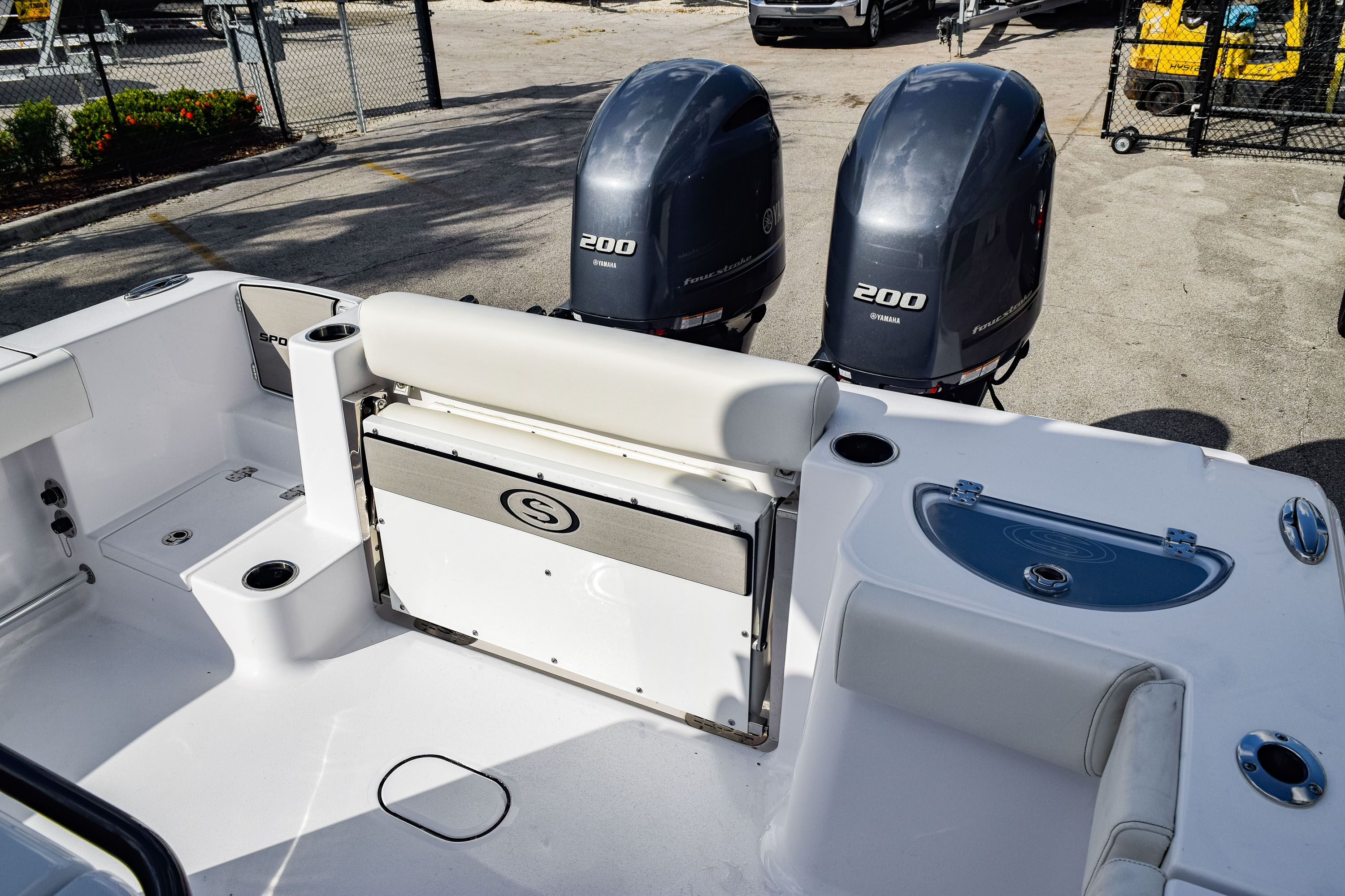 Thumbnail 8 for New 2020 Sportsman Open 282 Center Console boat for sale in Fort Lauderdale, FL