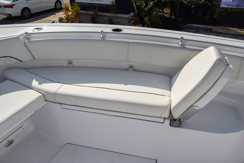 Thumbnail 45 for New 2020 Sportsman Open 282 Center Console boat for sale in Fort Lauderdale, FL