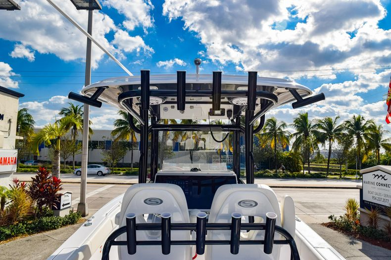 Thumbnail 18 for New 2020 Sportsman Open 282 Center Console boat for sale in Fort Lauderdale, FL