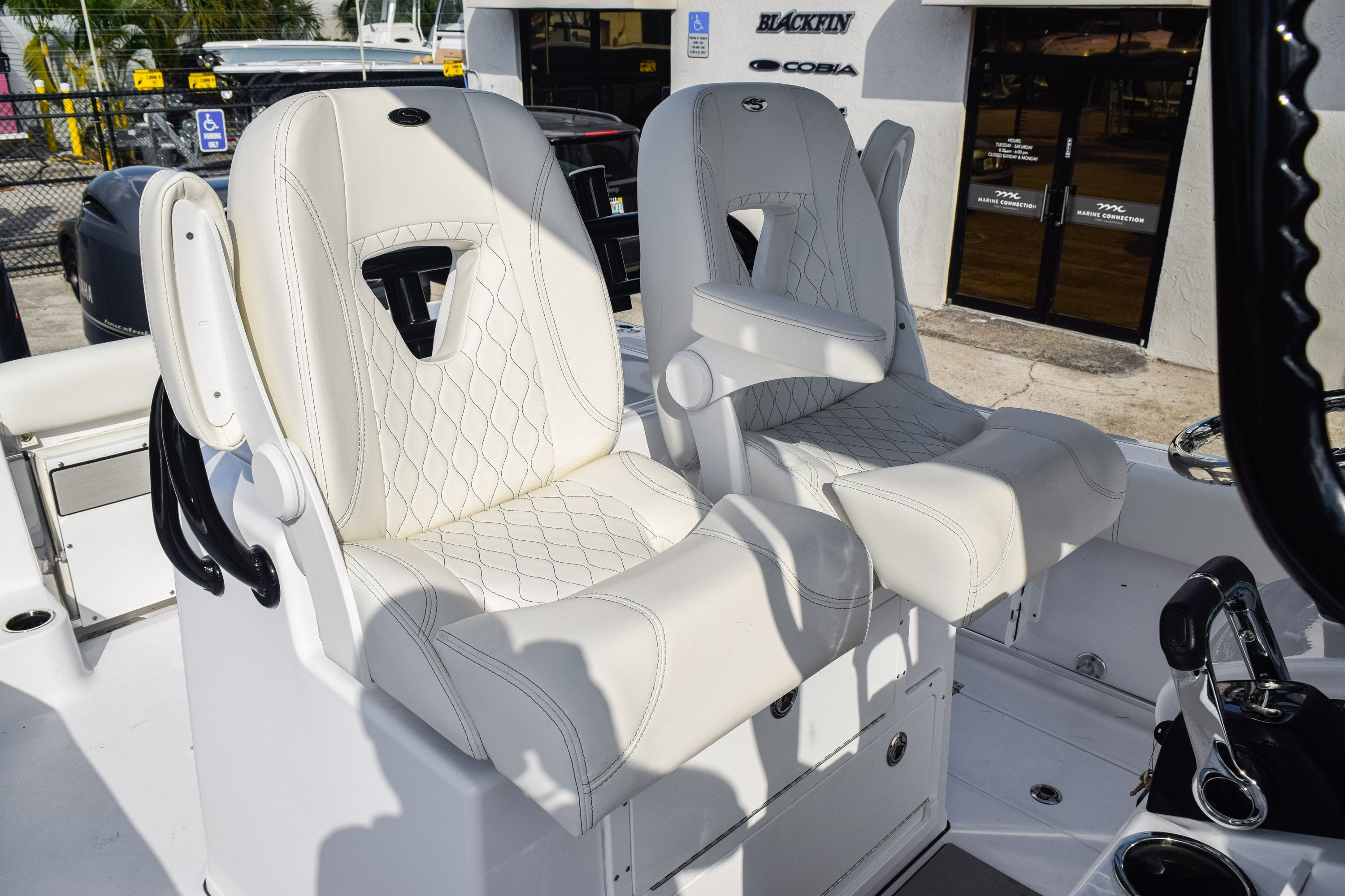 Thumbnail 32 for New 2020 Sportsman Open 282 Center Console boat for sale in Fort Lauderdale, FL