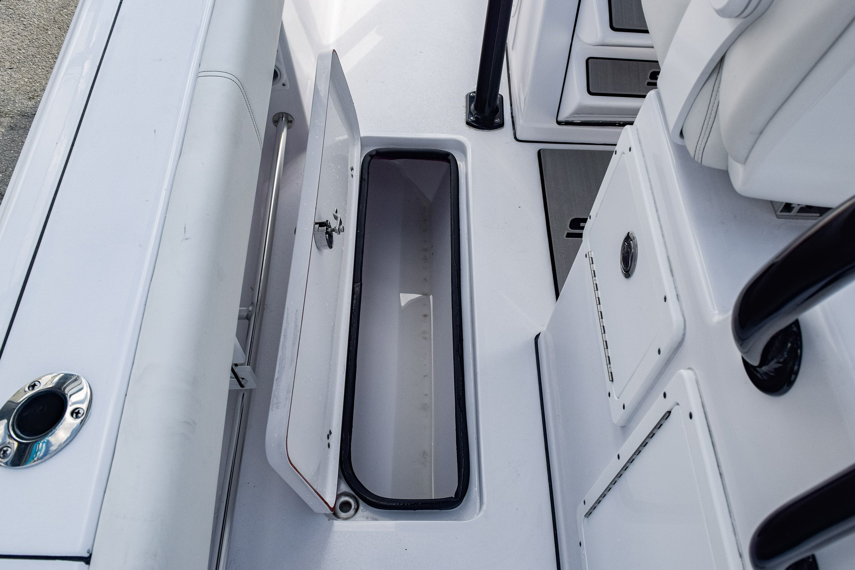 Thumbnail 22 for New 2020 Sportsman Open 282 Center Console boat for sale in Fort Lauderdale, FL