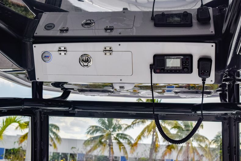 Thumbnail 30 for New 2020 Sportsman Open 282 Center Console boat for sale in Fort Lauderdale, FL