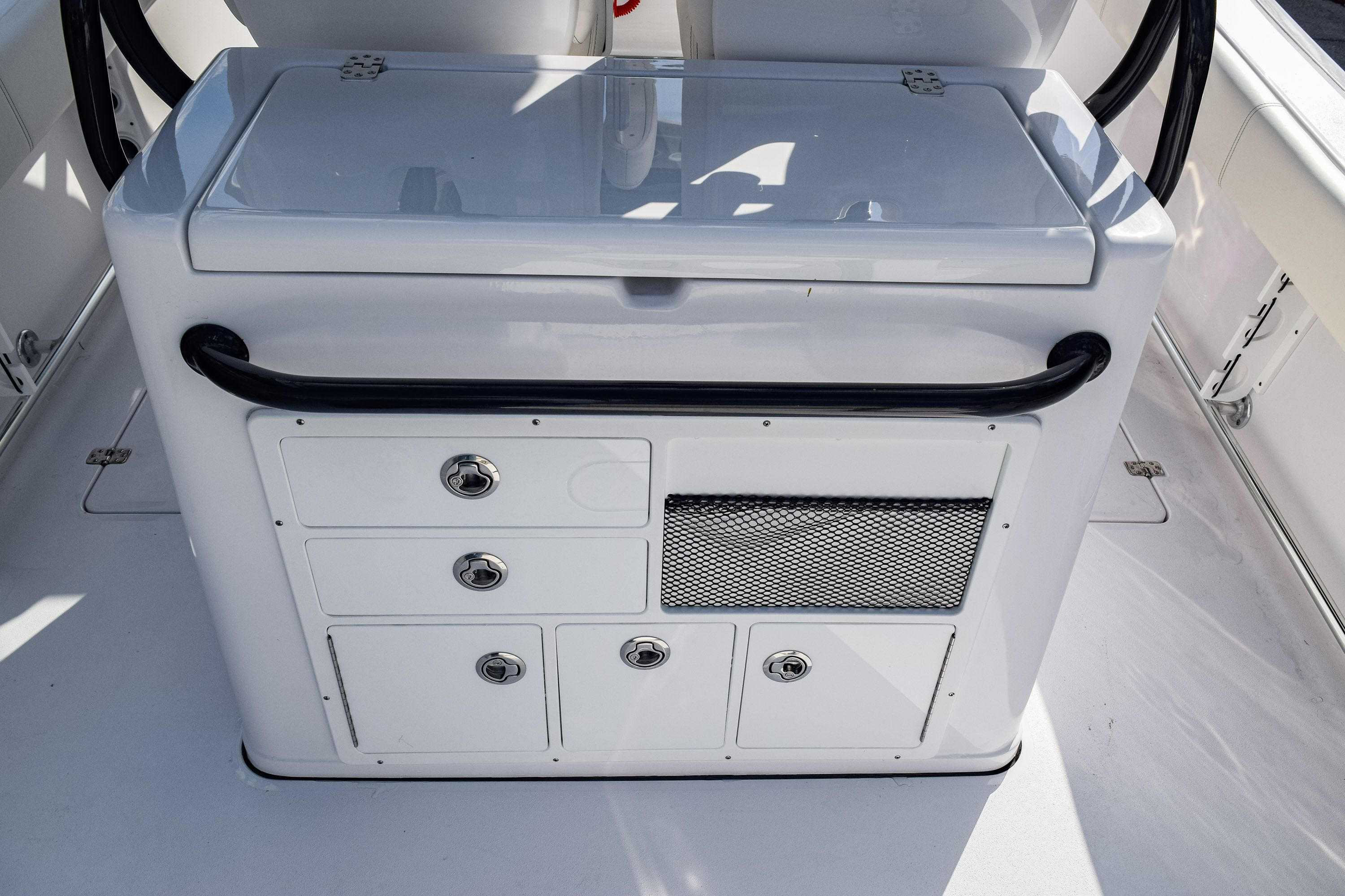 Thumbnail 16 for New 2020 Sportsman Open 282 Center Console boat for sale in Fort Lauderdale, FL