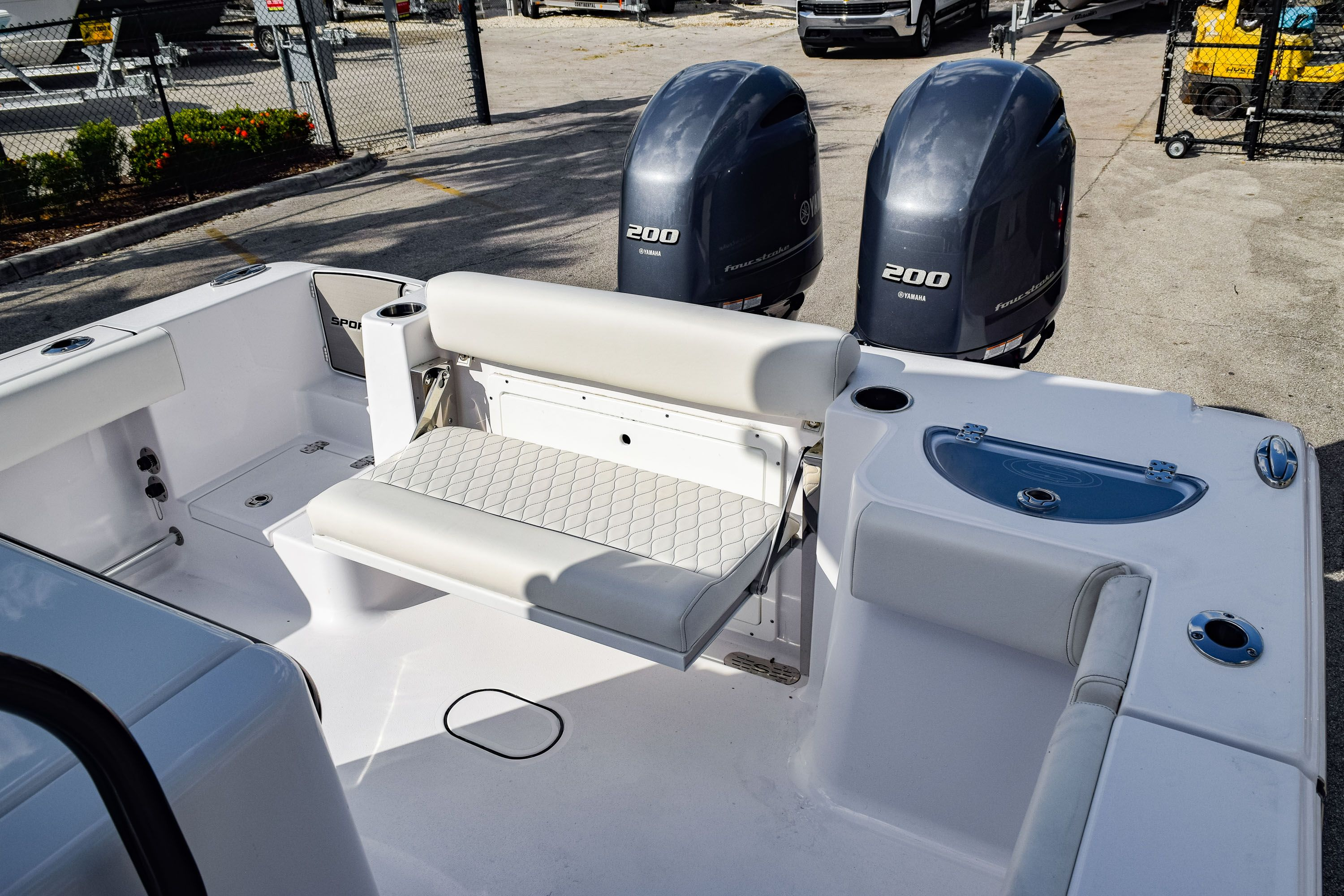 Thumbnail 9 for New 2020 Sportsman Open 282 Center Console boat for sale in Fort Lauderdale, FL