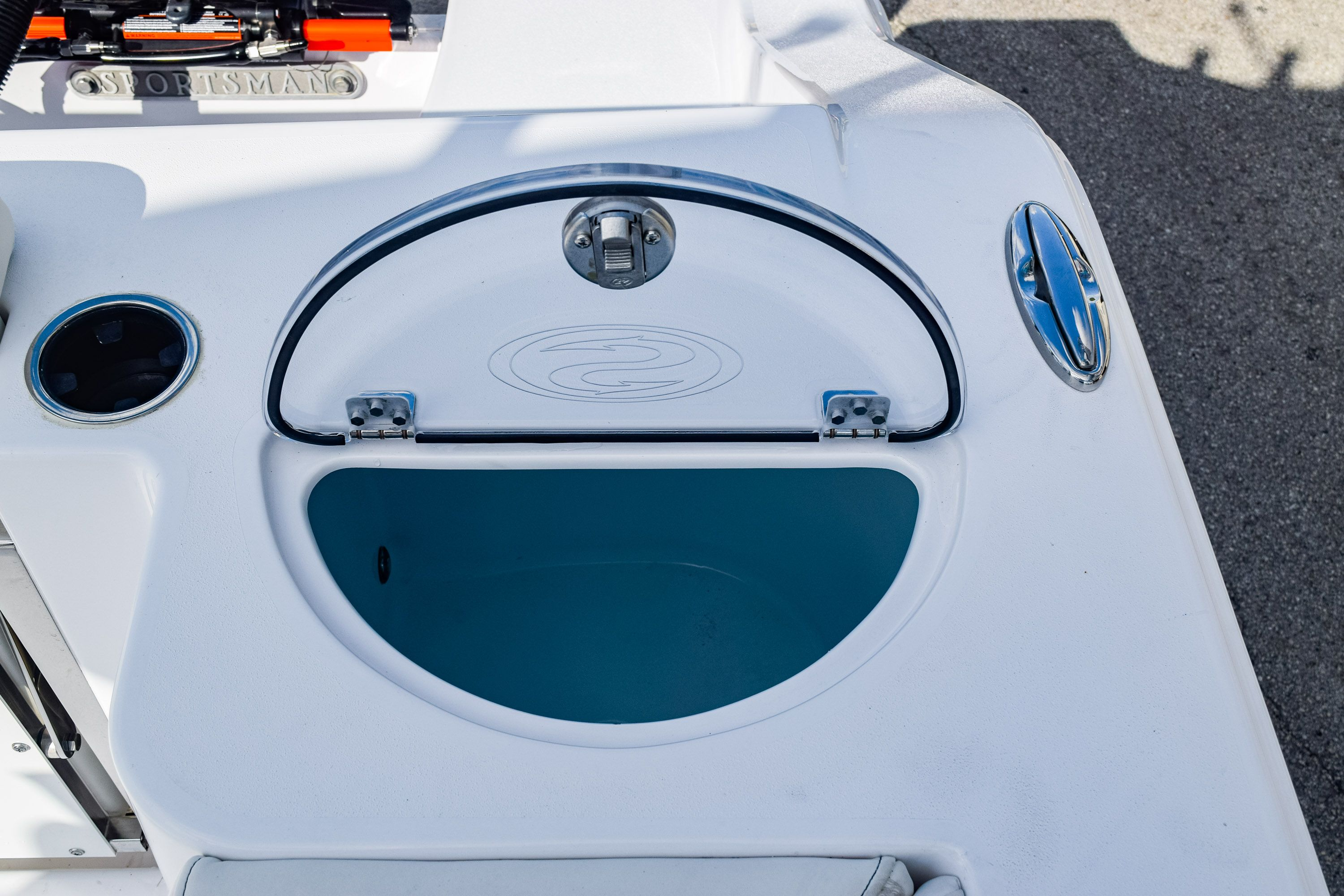 Thumbnail 11 for New 2020 Sportsman Open 282 Center Console boat for sale in Fort Lauderdale, FL