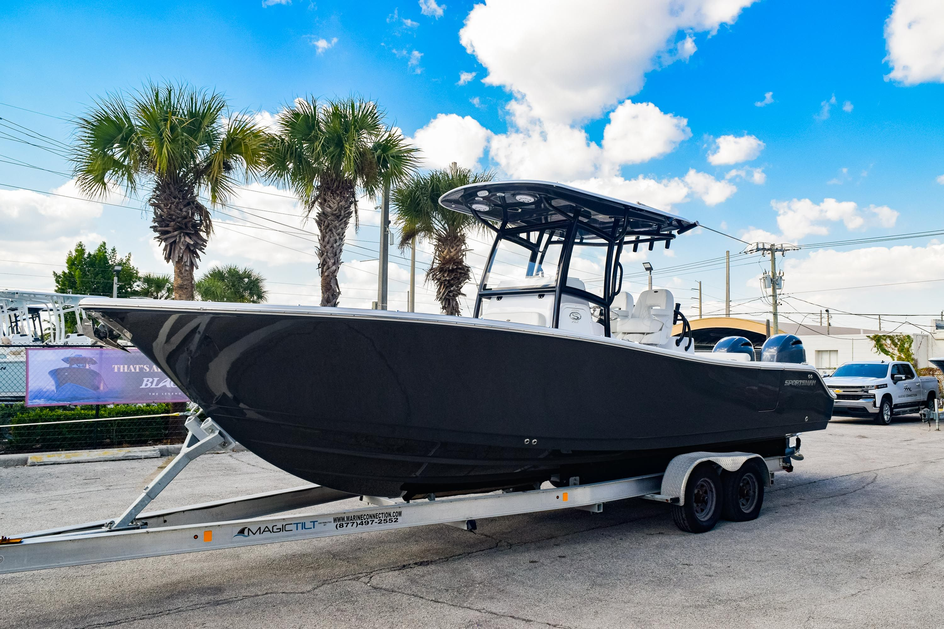 Thumbnail 3 for New 2020 Sportsman Open 282 Center Console boat for sale in Fort Lauderdale, FL